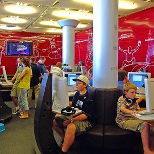 Интернет-кафе Кошек